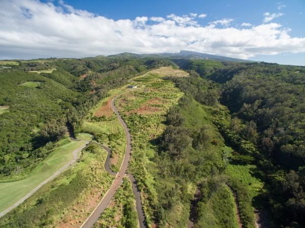 Lots 22-51 at Mahana Ridge range from 1.3 – 4.8 acres (finish pad elevation: 350-748 ft above sea level)