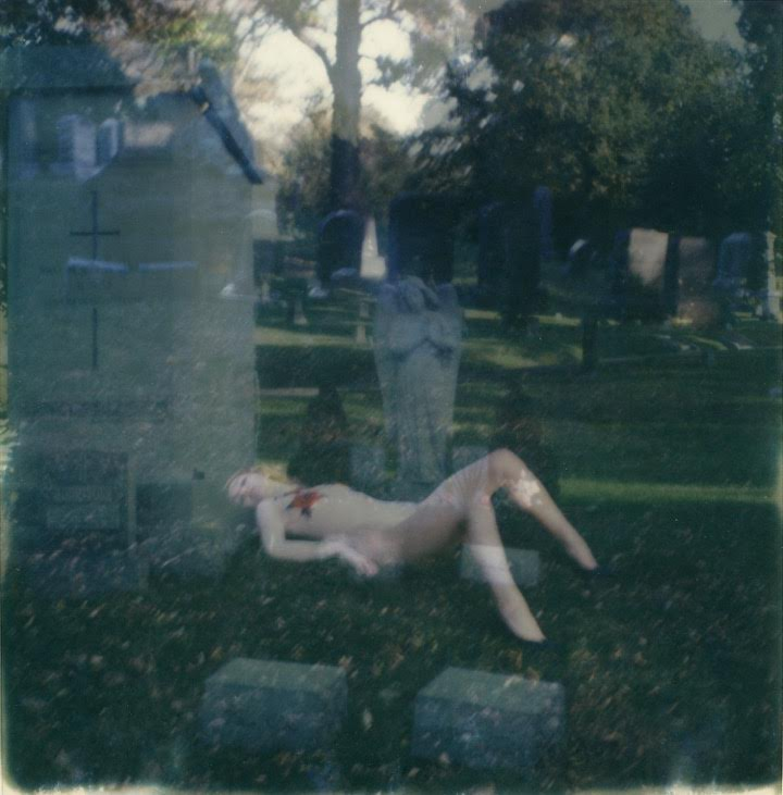http://autre.love/journal/2016/11/18/amy-hood-shot-by-yana-toyber-among-the-graves-of-green-wood-cemetery-in-brooklyn #AUTRE