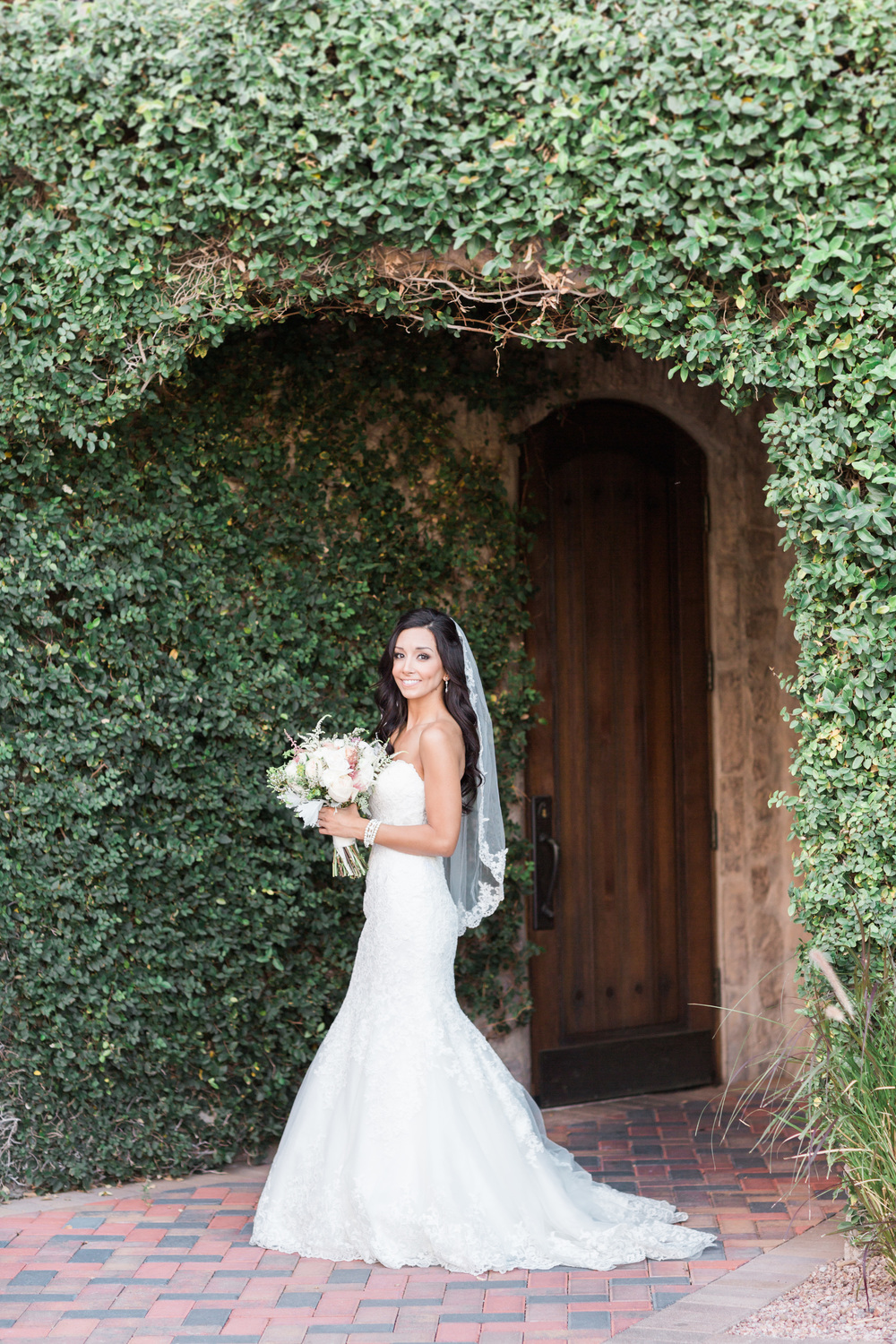 Bridal Portrait | Superstition Mountain Golf Club Wedding | Phoenix Wedding Photographers | See more at BetsyandJohn.com