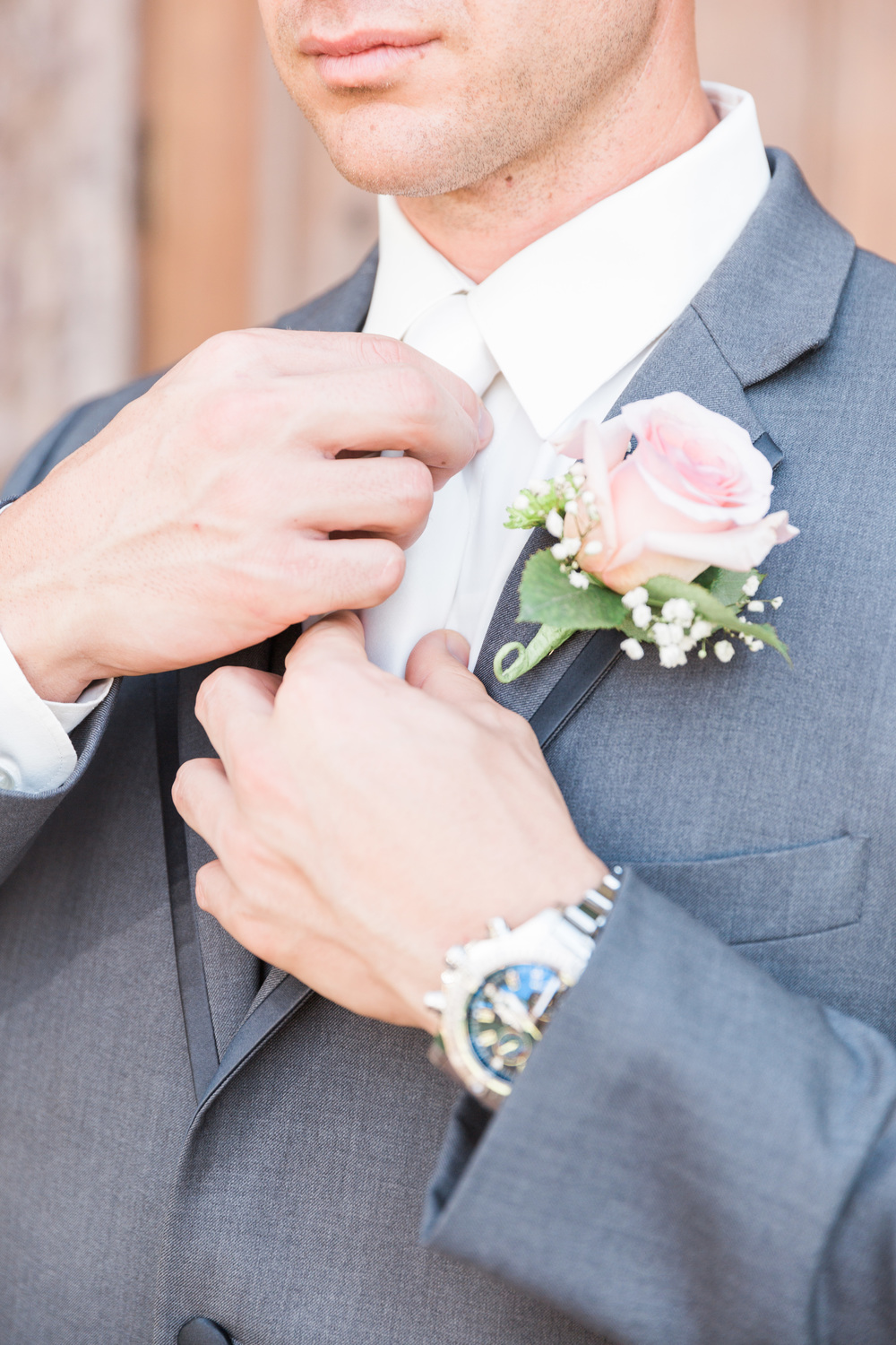 Blush Boutonniere | Superstition Mountain Golf Club Wedding | Phoenix Wedding Photographers | See more at BetsyandJohn.com