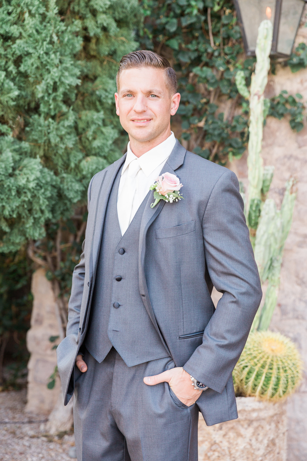 Groom in gray | Superstition Mountain Golf Club Wedding | Phoenix Wedding Photographers | See more at BetsyandJohn.com