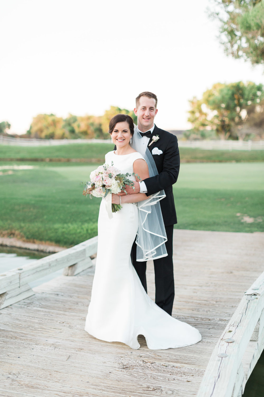 Beautiful green Arizona wedding venue in Tubac capture by Tucson wedding photographers Betsy & John