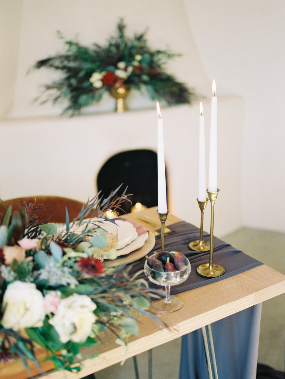 Stunning tablescape by Le Champagne Projects captured by Tucson film wedding photographers Betsy & John on portra 800