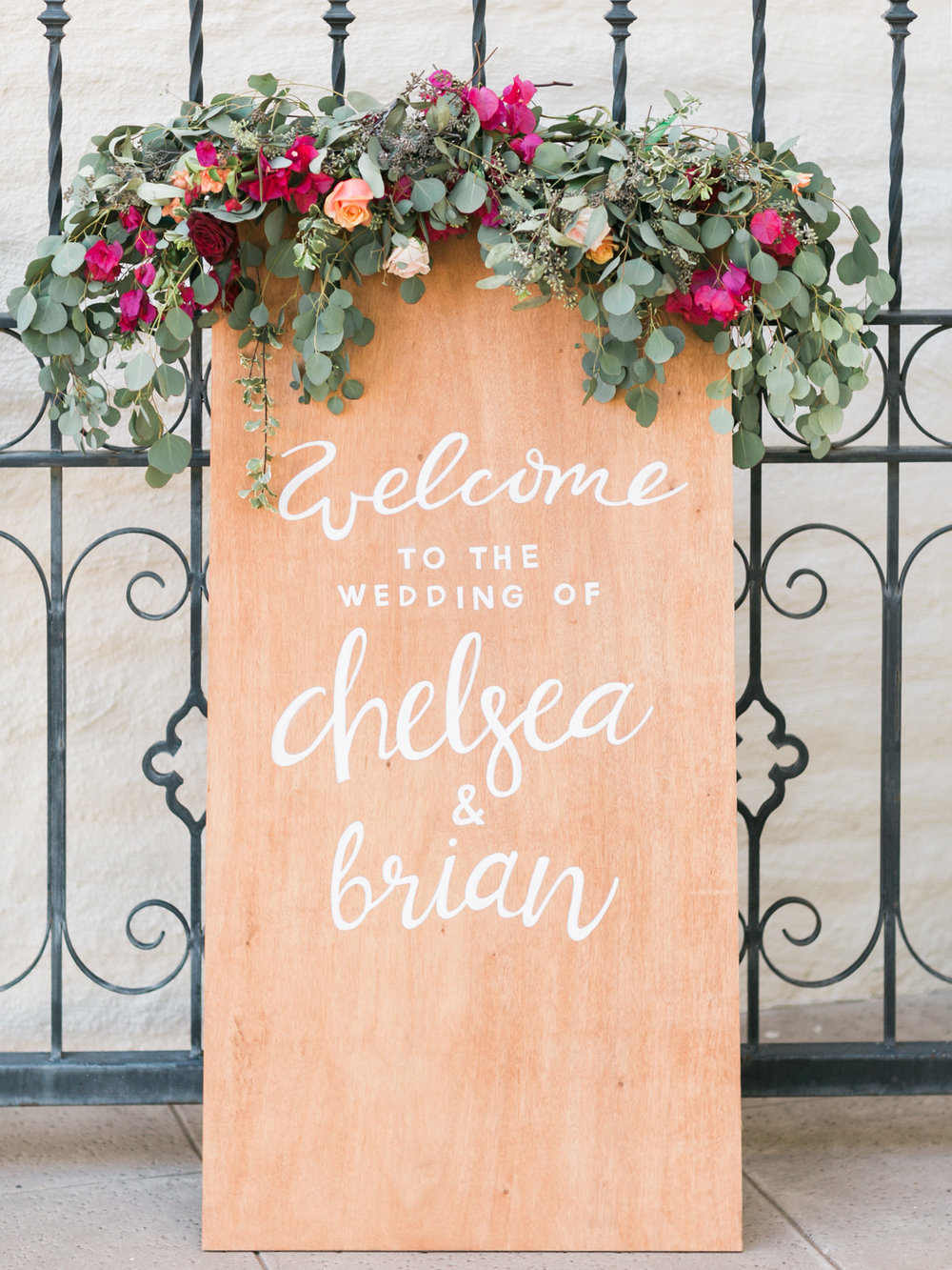 wood-wedding-sign-florals.jpg