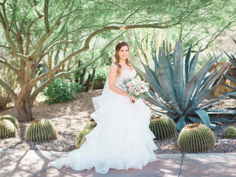 Desert Bride at JW Marriott Starr Pass captured by Tucson Wedding Photographers Betsy & John