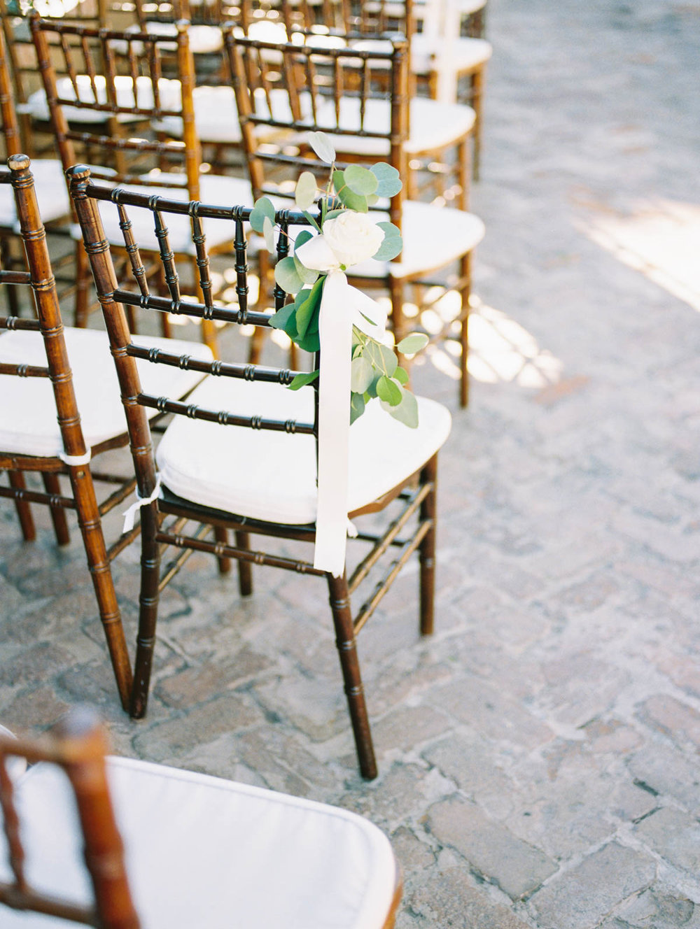 Stillwell House wedding captured by Tucson Wedding Photographers Betsy & John