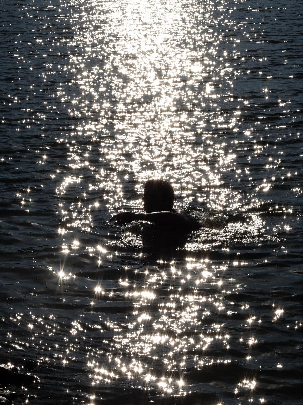02 - swimmer4.jpg