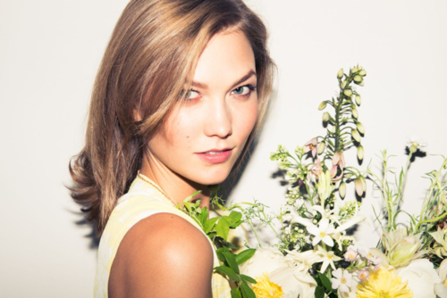 BRRCH_KarlieKloss_TheCoveteur+1.png