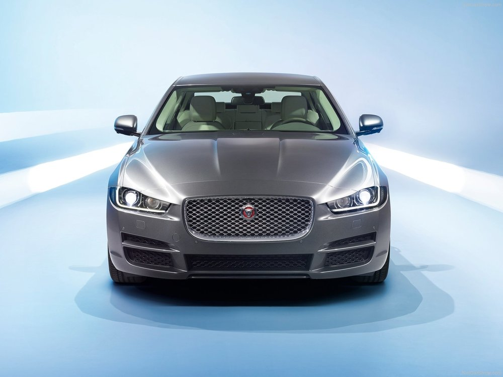 Jaguar-XE_2016_1600x1200_wallpaper_9c.jpg