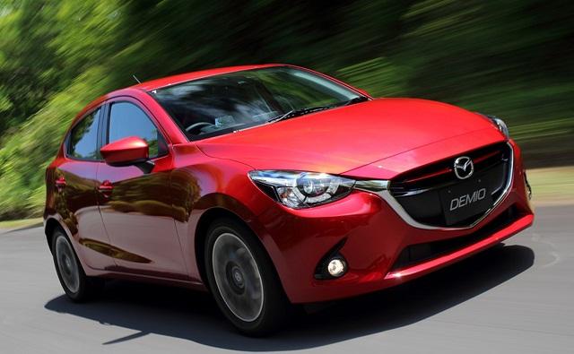 2016-Mazda-2-front-view.jpg