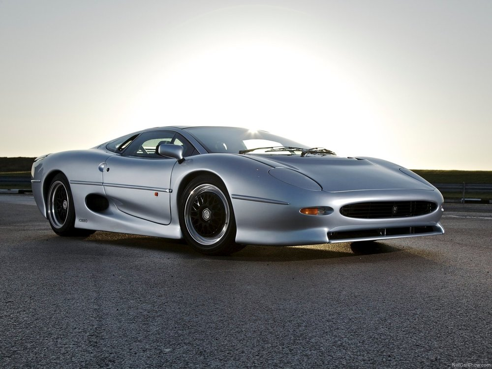 Jaguar-XJ220_1992_1600x1200_wallpaper_01.jpg