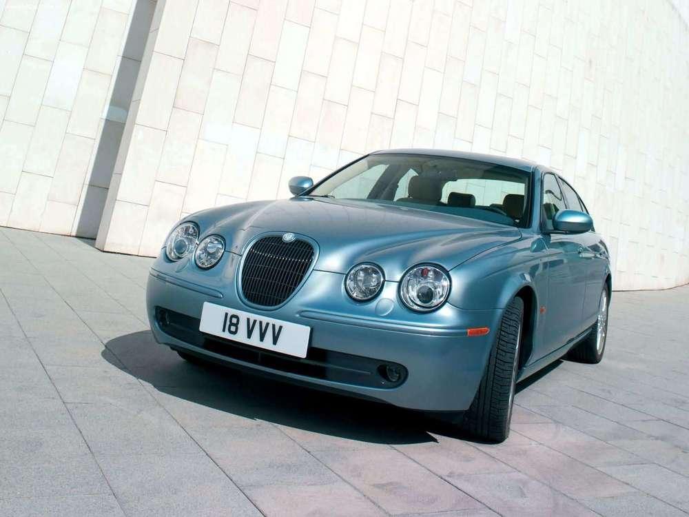 Jaguar-SType_V8_2005_1600x1200_wallpaper_01.jpg