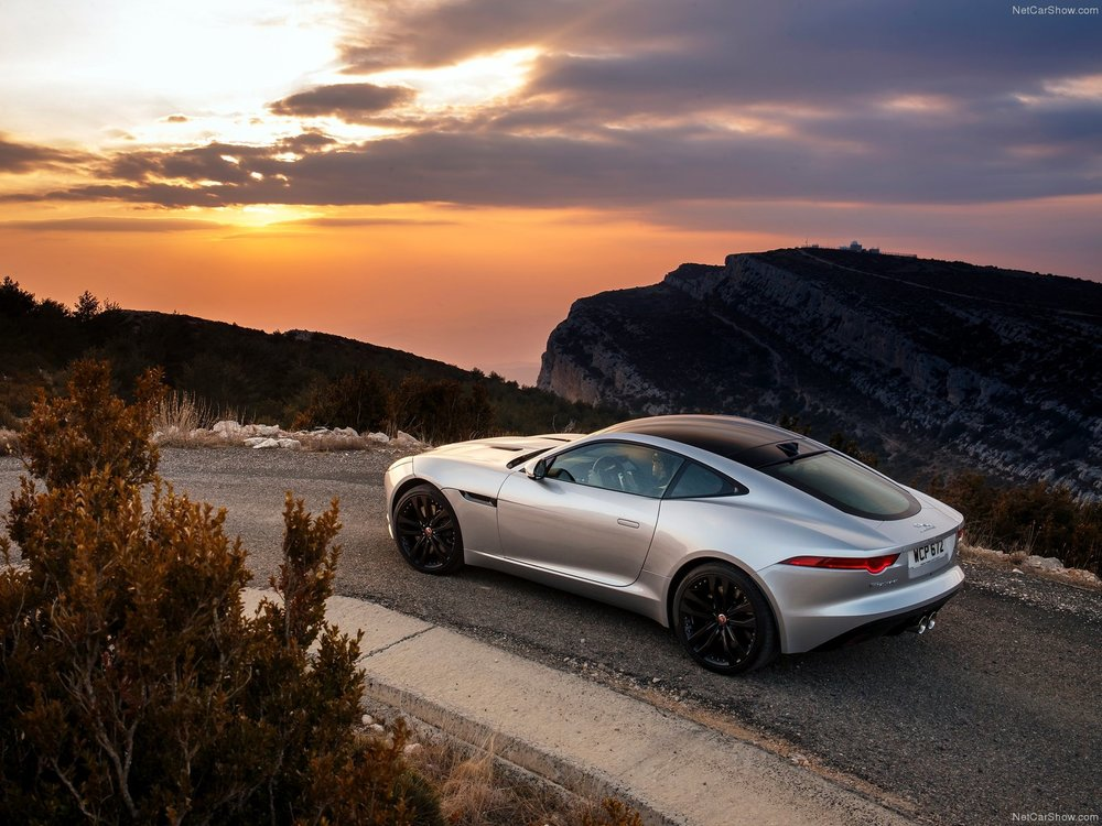 Jaguar-F-Type_Coupe_2015_1600x1200_wallpaper_62.jpg