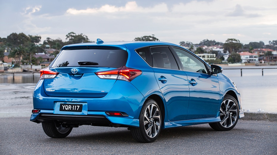 corolla hatch zr rear.jpg