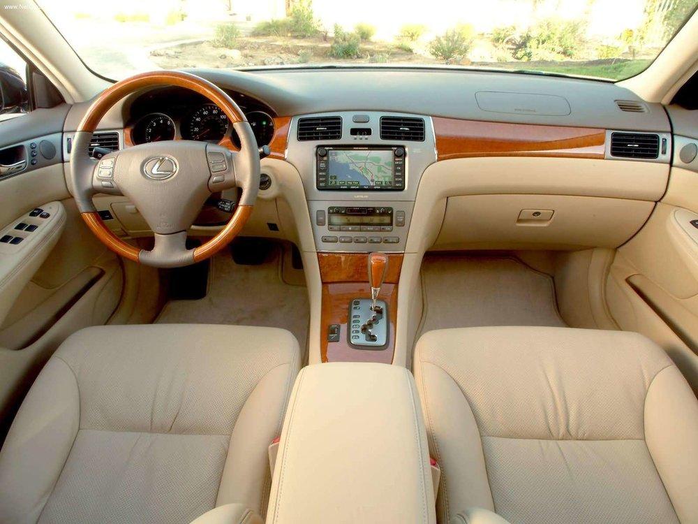 Lexus-ES330-2005-1600-0f.jpg