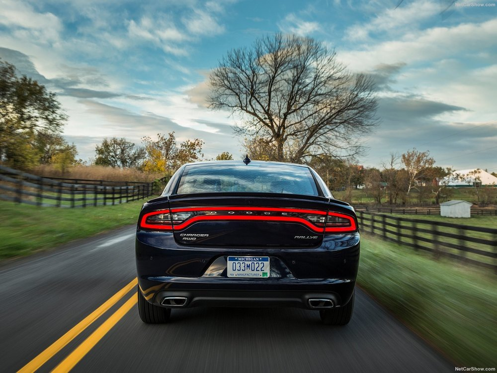 Dodge-Charger-2015-1600-43.jpg