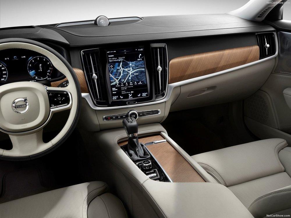 Volvo-S90-2017-1600-2f.jpg