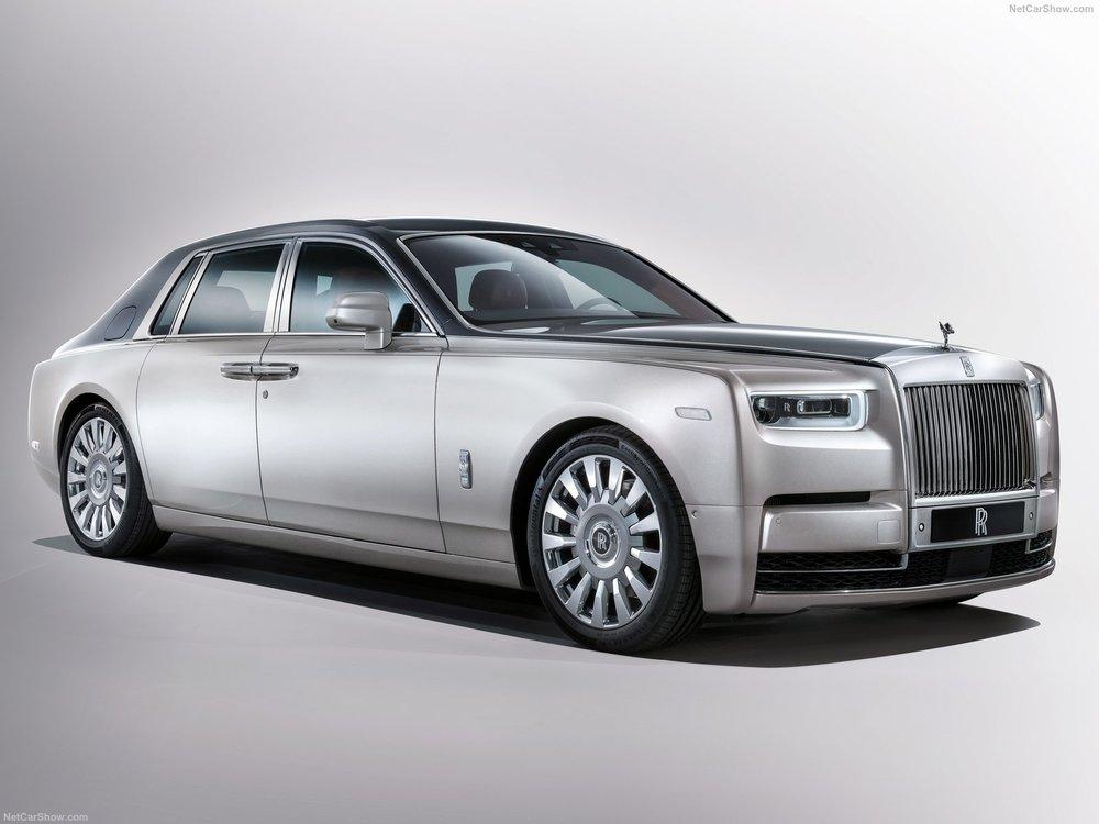 Rolls-Royce-Phantom-2018-1600-01.jpg