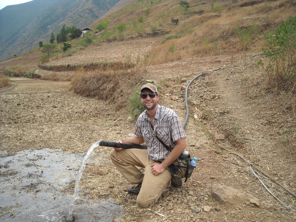 Finishing up on a large water development project in the Yunnan Province, 2007. This village was where my first vision of Entre-Missions started for me: Cup of Hope Coffee.