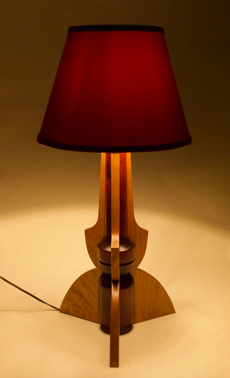Trisected Lamp
