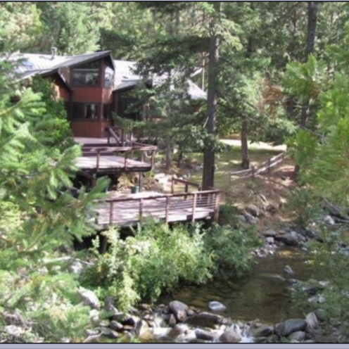 Namaste House Photo Credit: Flowing Waters Retreat at Mt. Shasta