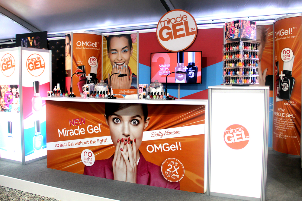 Sally Hansen Miracle Gel Booth Execution