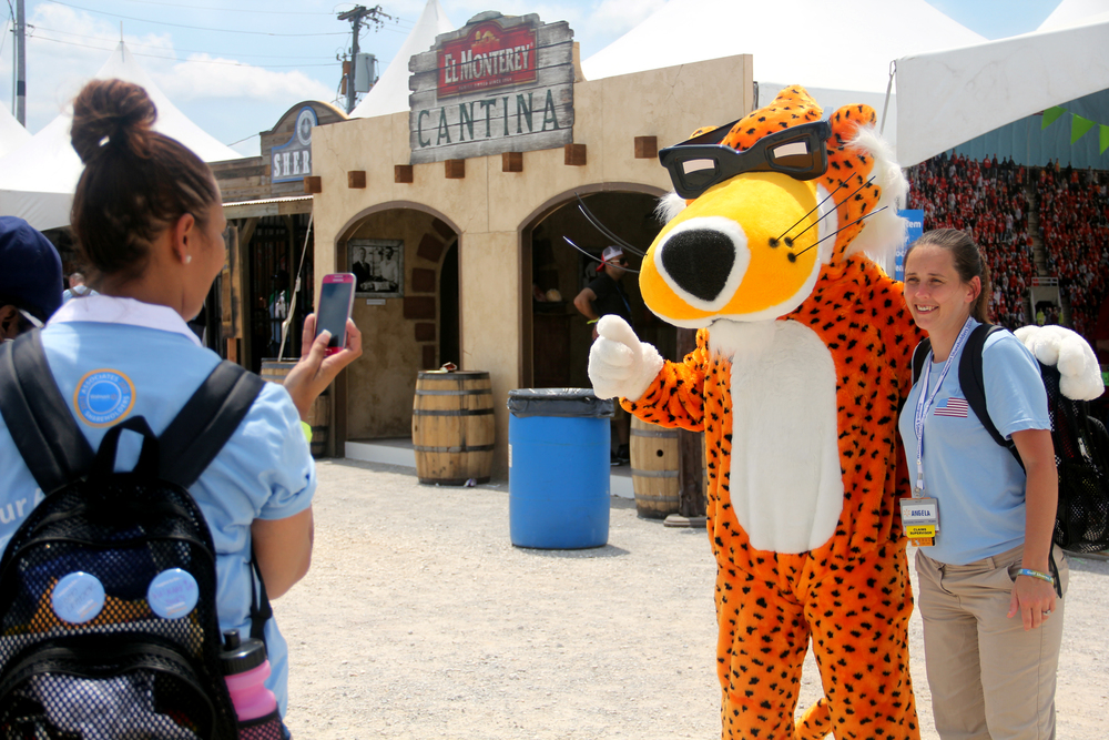 Chester Cheetah Character Appearance