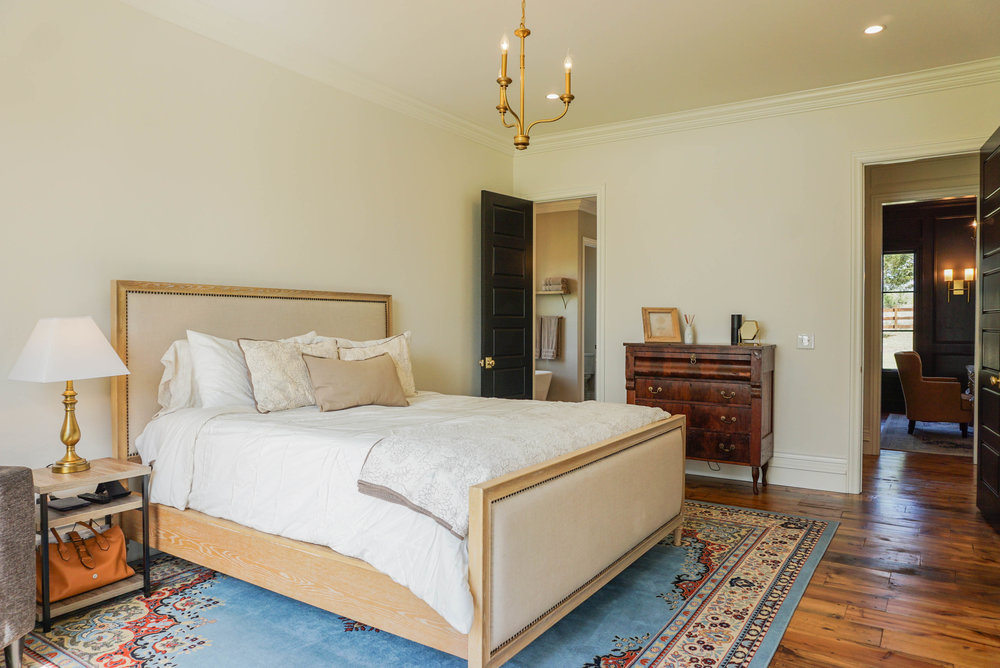 35 Master Bedroom .jpg