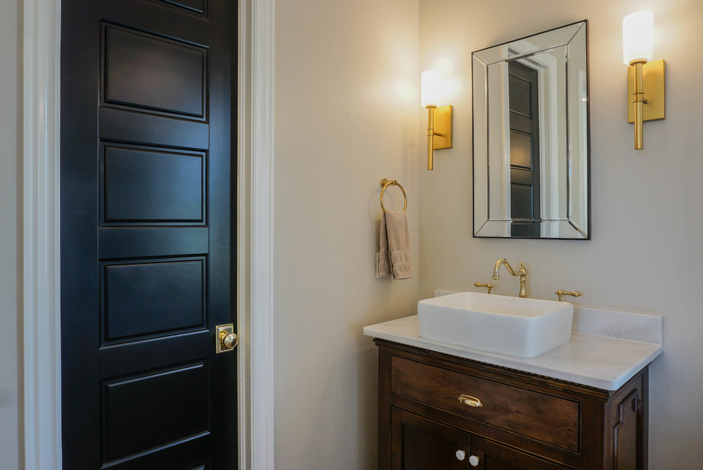 41 Master Bathroom .jpg