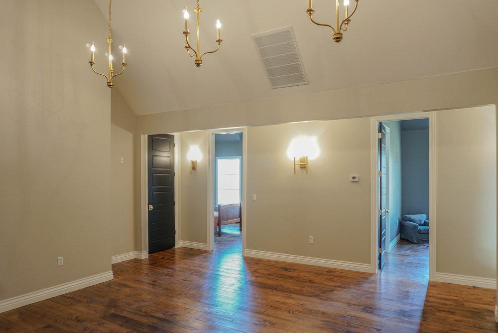 64  Great Room.jpg