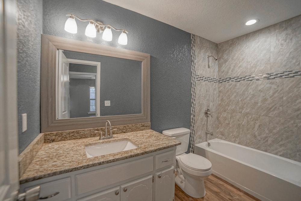 29 Hall Bath.jpg