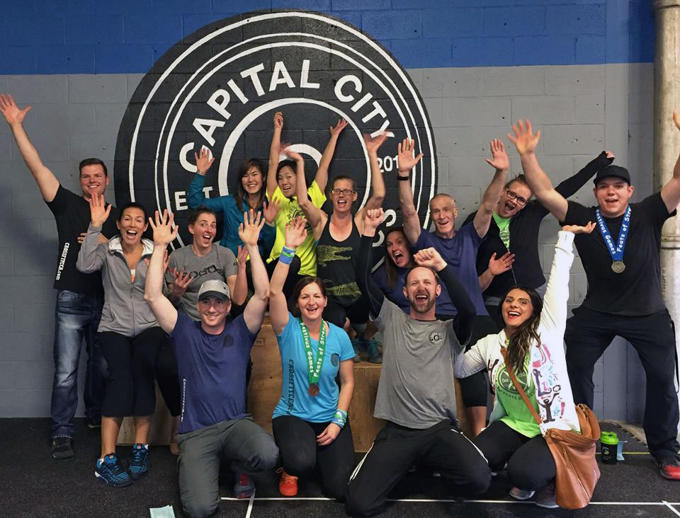 edmonton-crossfit-group-picture.jpg