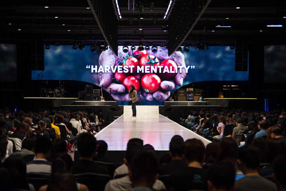 Harvest Mentality message in Heart of God Church