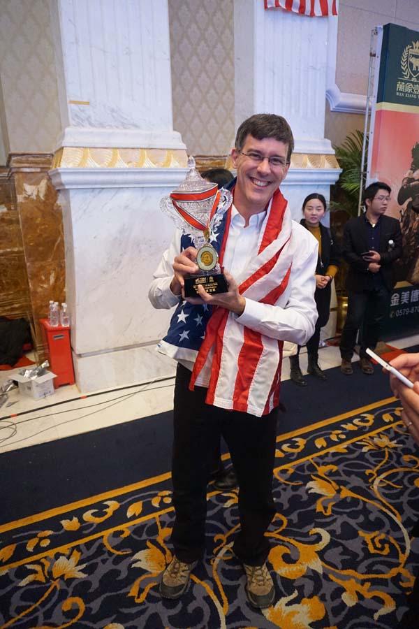Brad Zupp with TeamUSA Trpohy 2 WorldMemoryChampionships2015ChengduChinaweb.jpg