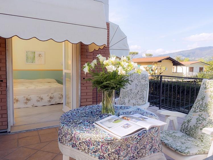 Simoni Diego - Hotel le Pleiadi 11 web  400KB .JPG