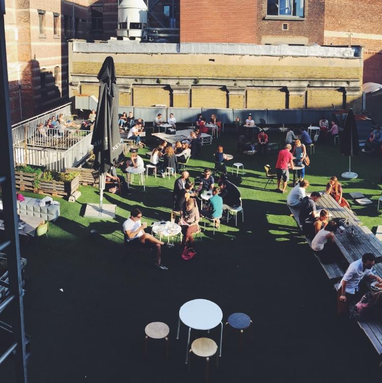 coffeelabs-antwerpen-antwerp-healthyeats-healthyfood-coffeebar-coffee-thenextlevel-thenextlevelbycoffeelabs-outdoorterrace-outdoor-sunshine