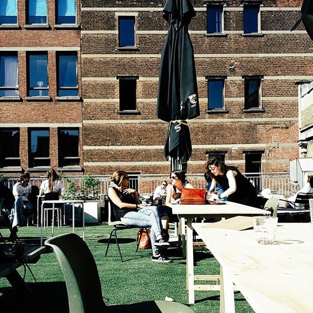 coffeelabs-antwerpen-antwerp-healthyeats-healthyfood-coffeebar-coffee-thenextlevel-thenextlevelbycoffeelabs-outdoorterrace-outdoor-sunshine