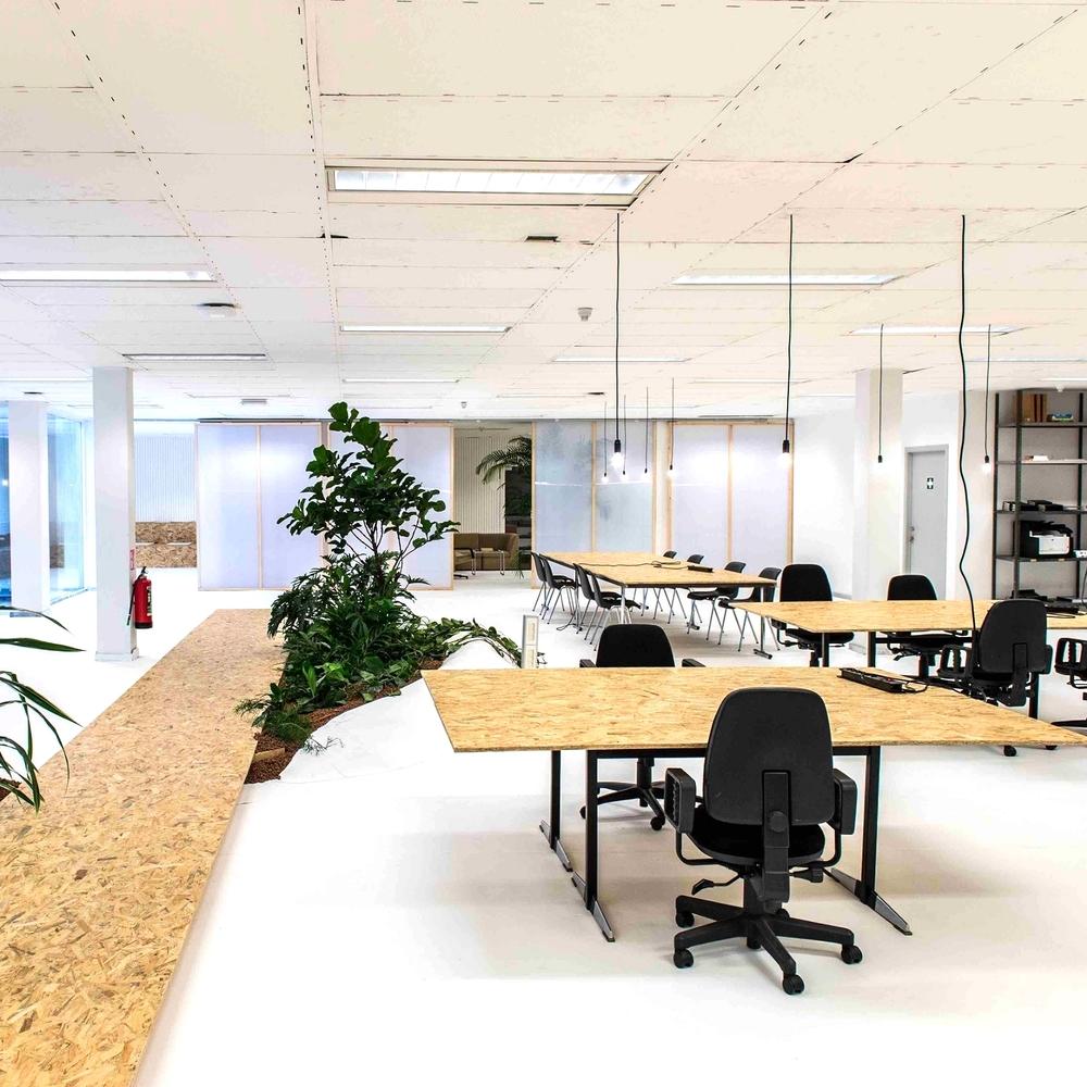 huur-coworking-antwerpen-kantoor-rent-space