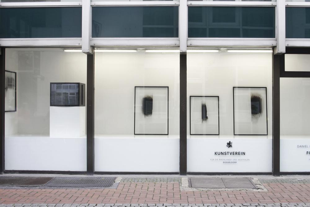 Installation view Fifth Wall, Kunstverein für die Rheinlande und Westfalen 2012