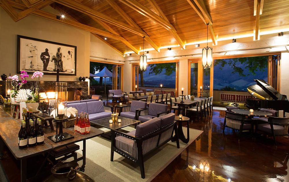 The wine lounge.jpg
