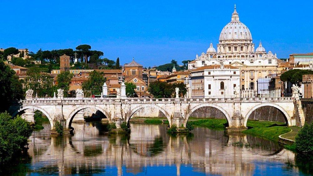 http://www.visit-vaticancity.com/