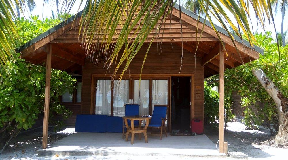 Book Meeru Resort -
