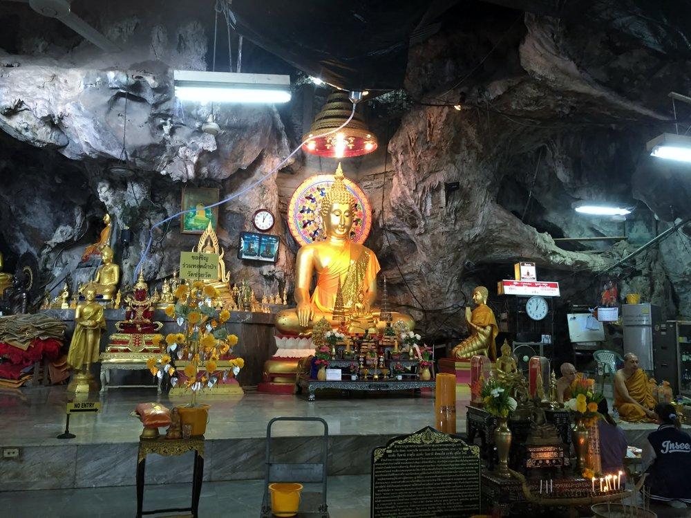 Tiger cave tample, Krabi