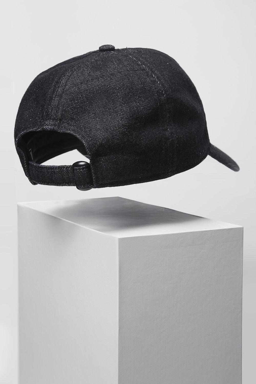PSNY 02 HAT26257.jpg