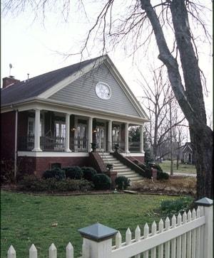 Myles-Manor-06-min.jpg