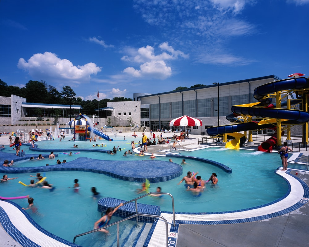 hdArchitects-Recreation-Portfolio-Prof-Outdoor-Pool-min.jpg