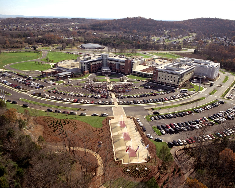 09-TriStar-StoneCrest-Medical-Center-Campus-Aerial-min.jpg
