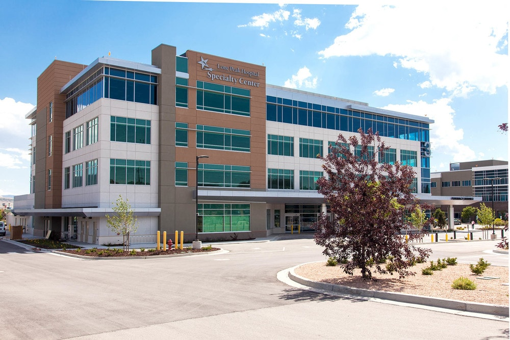 01-Lone-Peak-Medical-Office-Building-And-Lone-Peak-Surgery-Center-Draper-UT-min.jpg