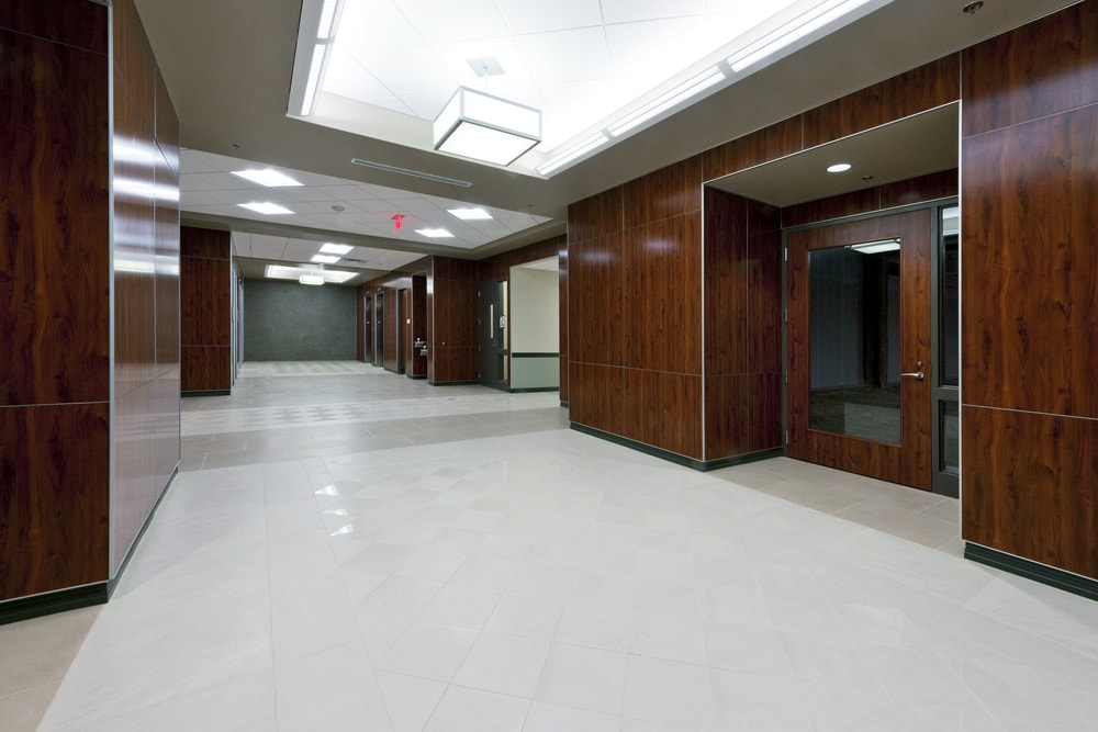 03-TriStar-Centennial-Medical-Office-Building-Shell-Nashville-Ground-Floor-Lobby-min.jpg