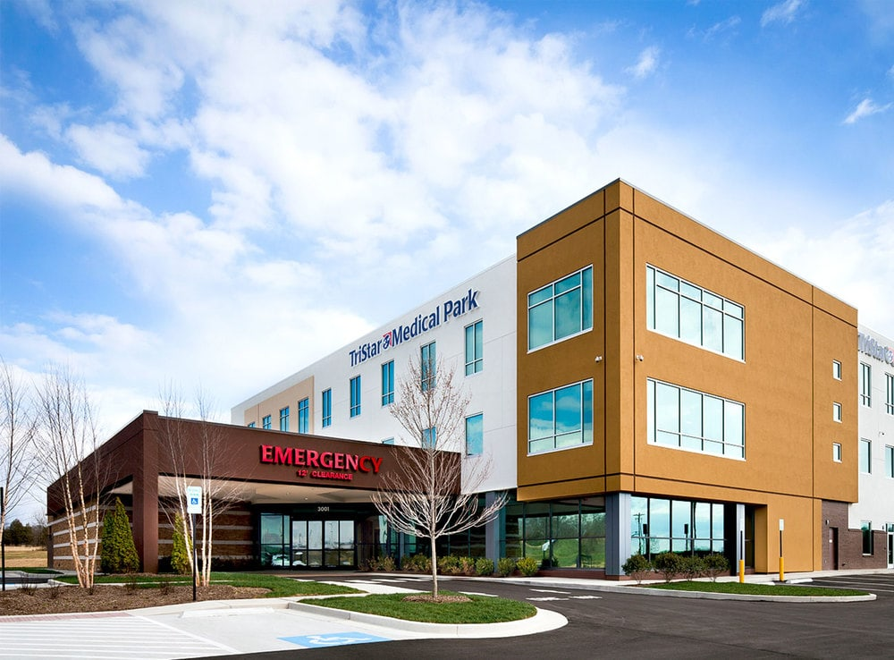 01-TriStar-Spring-Hill-ER-And-Medical-Office-Building-Spring-Hill-TN-min.jpg